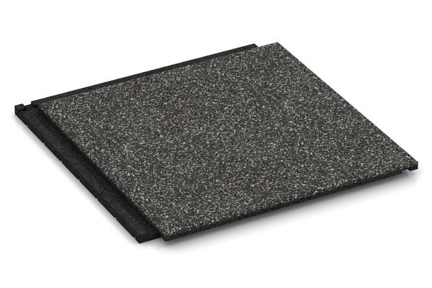 Fallschutz-Treppenbelag von WARCO im Farbdesign Dunkelgrauer Granit mit den Abmessungen 500 x 500 x 30 mm. Produktfoto von Artikel 1857 in der Aufsicht von schräg vorne.