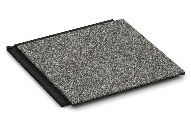 Fallschutz-Treppenbelag von WARCO im Farbdesign Grauer Granit mit den Abmessungen 500 x 500 x 30 mm. Produktfoto von Artikel 1858 in der Aufsicht von schräg vorne.